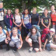 Raus aus dem Alltag – Mädchen aus drei verschiedenen Schulen wandern zusammen