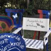 Asylstühle reisen nach Stuttgart